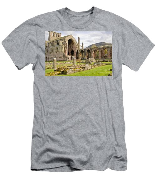 Ruins. Melrose Abbey. Men's T-Shirt (Athletic Fit)