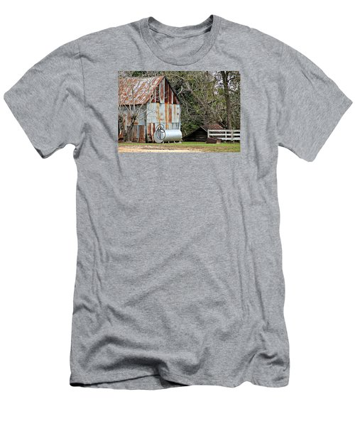 Rusted Tin Shed In Burnt Corn Men's T-Shirt (Slim Fit)