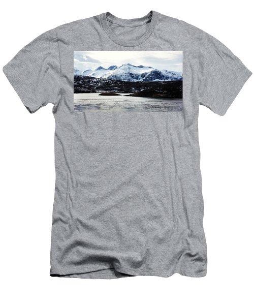 Saltstraumen Men's T-Shirt (Athletic Fit)
