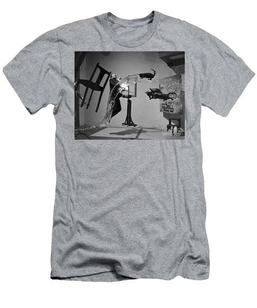 Salvador Dali 1904-1989 Men's T-Shirt (Athletic Fit)