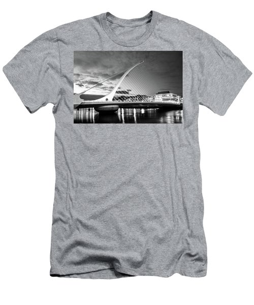 Samuel Beckett Bridge In Bw Men's T-Shirt (Athletic Fit)