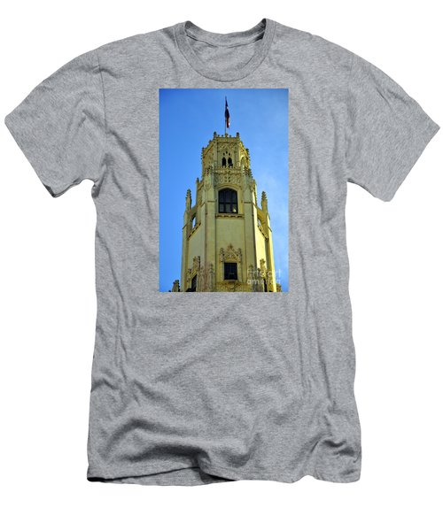 San Antonio Building 4 Men's T-Shirt (Athletic Fit)