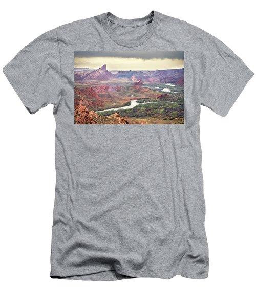 San Juan River And Mule's Ear Men's T-Shirt (Athletic Fit)