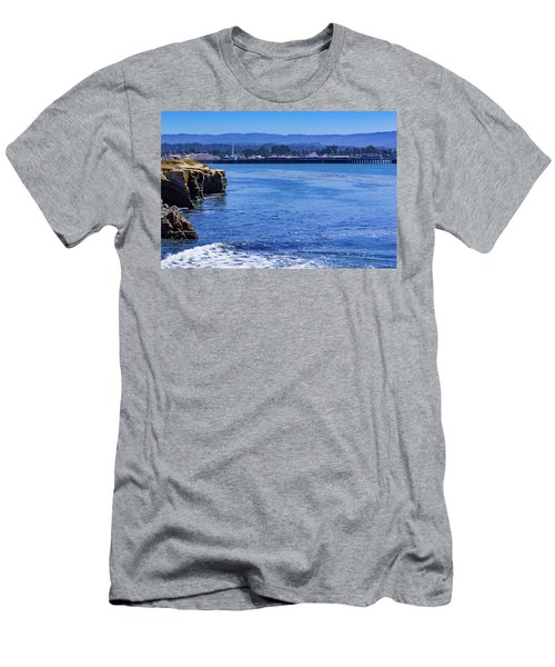 Santa Cruz Men's T-Shirt (Athletic Fit)