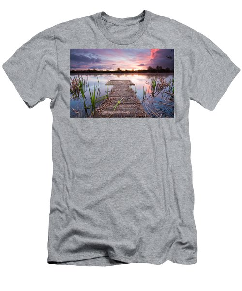 Shinewater Lake Sunrise Men's T-Shirt (Athletic Fit)