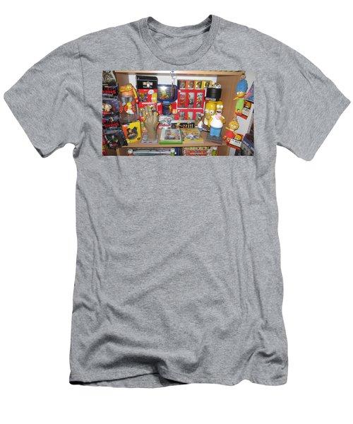 Simpsons Men's T-Shirt (Athletic Fit)