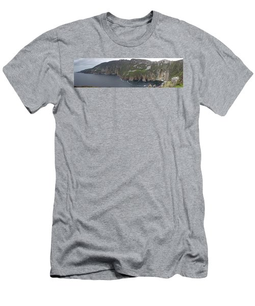 Slieve League Cliffs Men's T-Shirt (Athletic Fit)