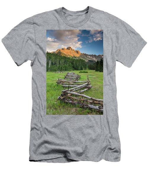 Sneffels Fence Vertical Men's T-Shirt (Athletic Fit)