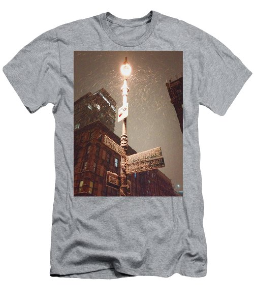 Snow Covered Signs - New York City Men's T-Shirt (Athletic Fit)