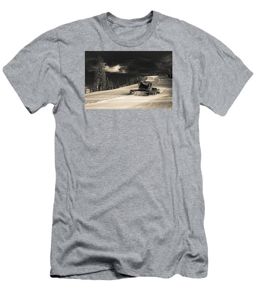 Snowcat Men's T-Shirt (Athletic Fit)