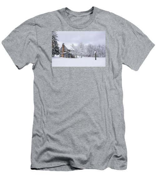 Snowy Cabin Men's T-Shirt (Athletic Fit)