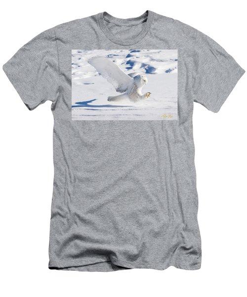 Snowy Owl Pouncing Men's T-Shirt (Athletic Fit)