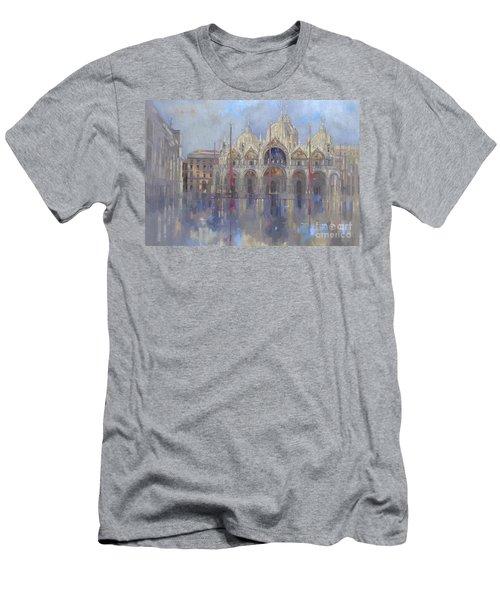 St Mark's -venice Men's T-Shirt (Athletic Fit)