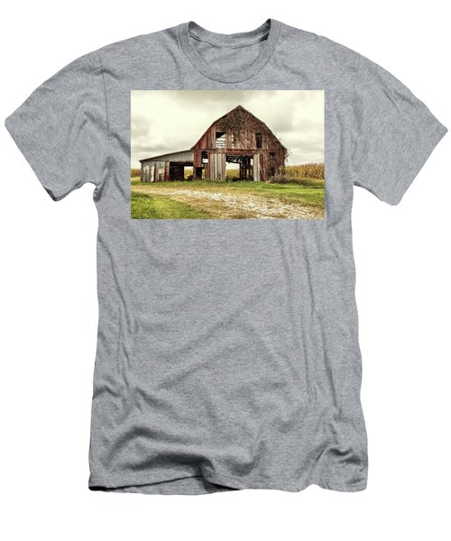 Still Standing Ohio Barn  Men's T-Shirt (Athletic Fit)
