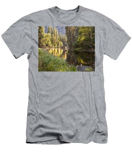 Stoneman Bridge Men's T-Shirt (Athletic Fit)