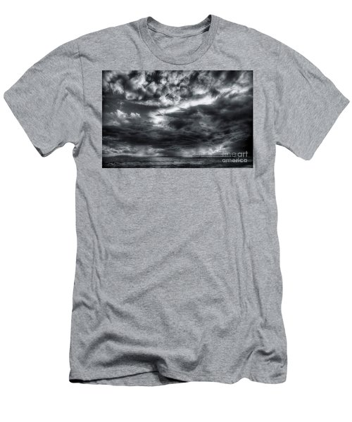 Storm Clouds Ventura Ca Pier Men's T-Shirt (Athletic Fit)