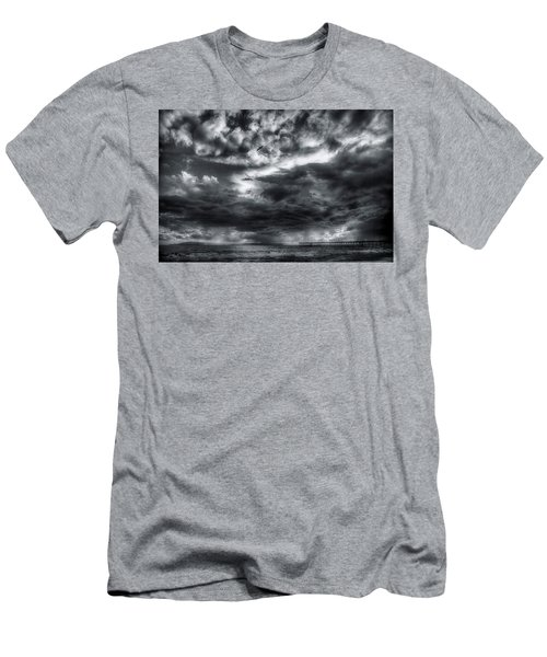 Storm Clouds Ventura Ca Pier Men's T-Shirt (Athletic Fit)
