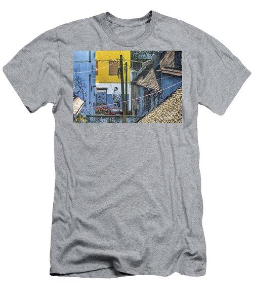 Street Art In Novi Sad - Angler Men's T-Shirt (Athletic Fit)