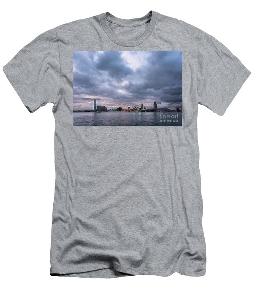 Stunning Sunset Over Kowloon In Hong Kong Men's T-Shirt (Athletic Fit)