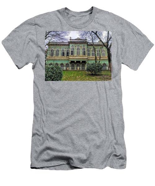 Sultan's Retreat Men's T-Shirt (Athletic Fit)