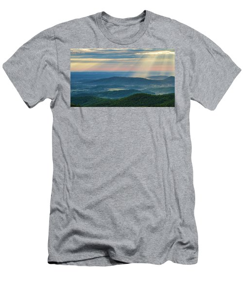 Men's T-Shirt (Athletic Fit) featuring the photograph Sunrays Over The Blue Ridge Mountains by Lori Coleman