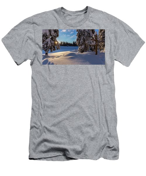 sunrise at the Oderteich, Harz Men's T-Shirt (Slim Fit) by Andreas Levi