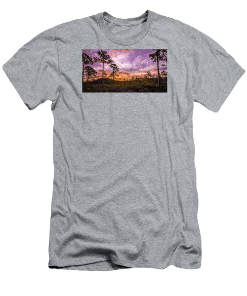 Sunrise In Jd Men's T-Shirt (Athletic Fit)