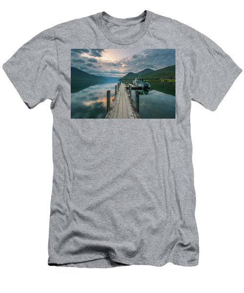 Sunrise Over Lake Rotoroa Men's T-Shirt (Athletic Fit)
