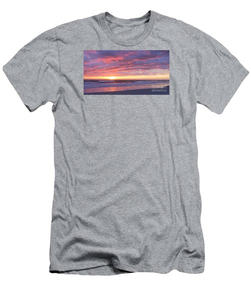 Sunrise Pinks Men's T-Shirt (Athletic Fit)