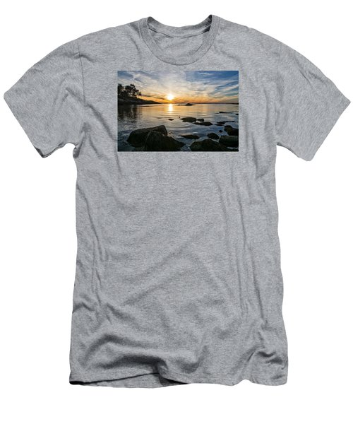 Sunset Cove Gloucester Men's T-Shirt (Athletic Fit)