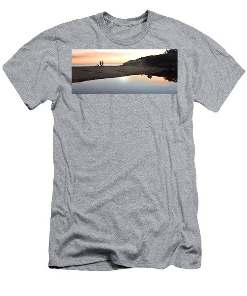 Sunset Family Men's T-Shirt (Athletic Fit)