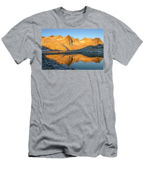 Sunset In The Enchantments Men's T-Shirt (Athletic Fit)
