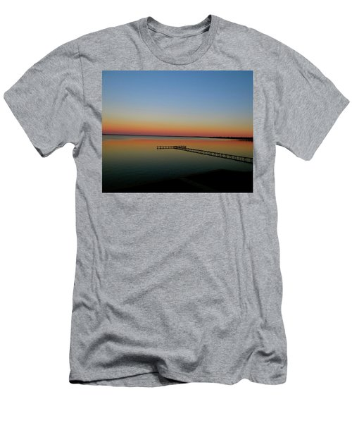 Sunset On The Pier Men's T-Shirt (Athletic Fit)