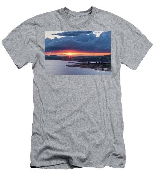 Sunset Over Millerton Lake  Men's T-Shirt (Athletic Fit)