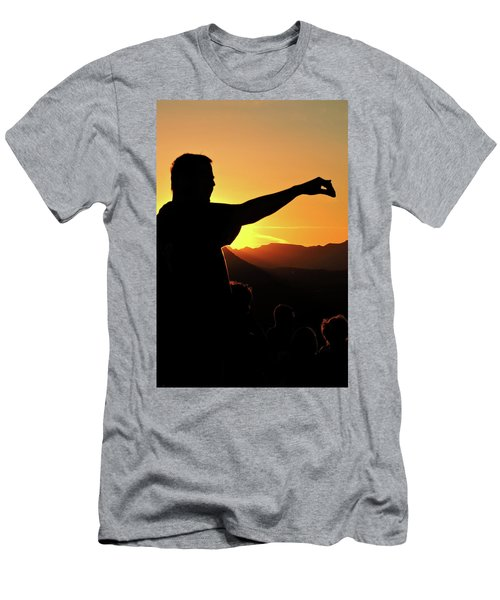 Sunset Silhouette Men's T-Shirt (Athletic Fit)