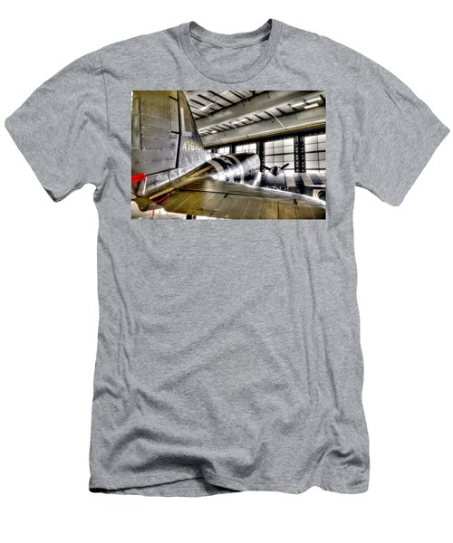 Tail Wind Men's T-Shirt (Athletic Fit)