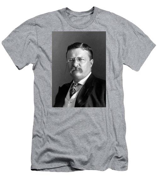 Teddy Roosevelt Portrait - 1904 Men's T-Shirt (Athletic Fit)