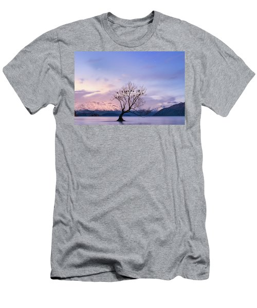 That Wanaka Tree Men's T-Shirt (Athletic Fit)