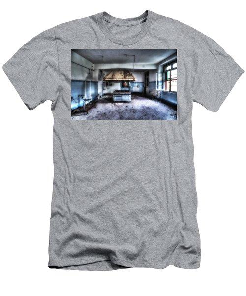 The Kitchen - La Cucina Men's T-Shirt (Athletic Fit)