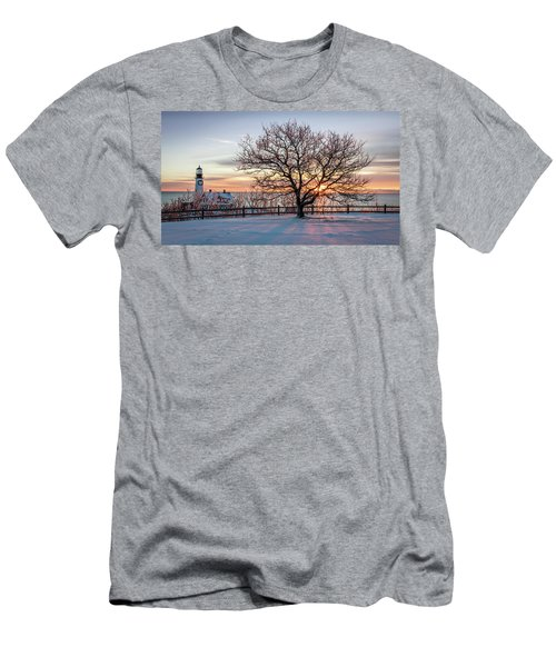 The Lighthouse And Tree Men's T-Shirt (Athletic Fit)