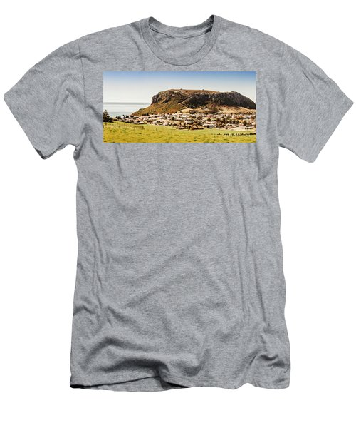 The Nut In Stanley Tasmania Men's T-Shirt (Athletic Fit)