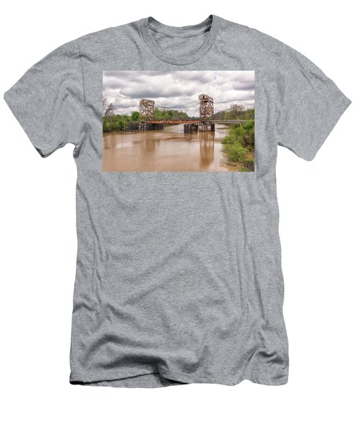 The Old Lift Bridge Men's T-Shirt (Athletic Fit)