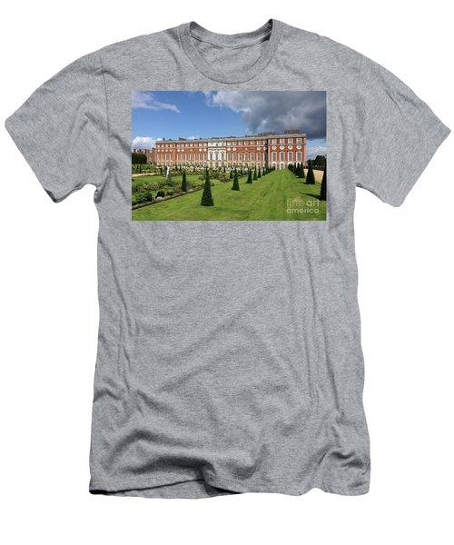 The Privy Garden Hampton Court Men's T-Shirt (Athletic Fit)