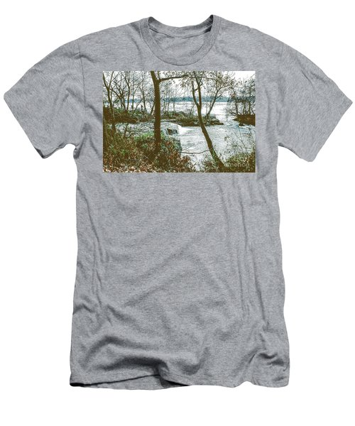 Three Sisters Island Men's T-Shirt (Athletic Fit)