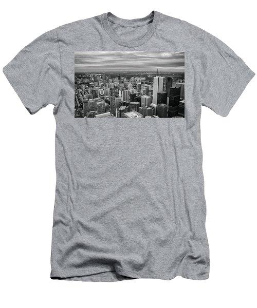 Toronto Skyline Men's T-Shirt (Athletic Fit)