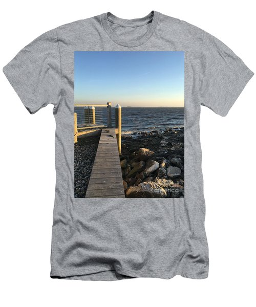 Towards The Bay Men's T-Shirt (Athletic Fit)