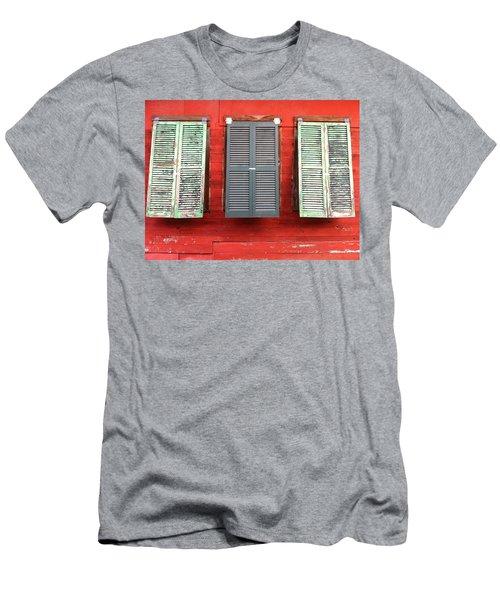 Tres Persianas Men's T-Shirt (Athletic Fit)