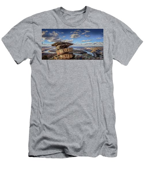 Umbrella Rock Overlooking Moccasin Bend Men's T-Shirt (Athletic Fit)