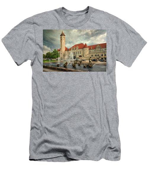 Union Station St Louis Color Dsc00422 Men's T-Shirt (Slim Fit) by Greg Kluempers