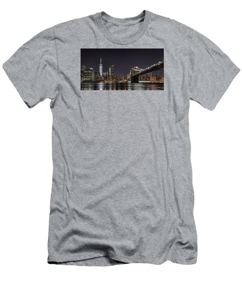 View From Brooklyn Bridge Park Men's T-Shirt (Athletic Fit)